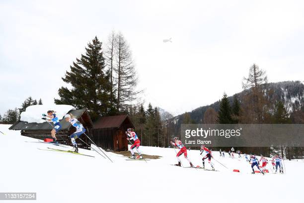 Jessica Diggins of the United States Frida Karlsson of Sweden Ingvild Flugstad Oestberg of Norway and Anastasia Sedova of Russia compete in the...