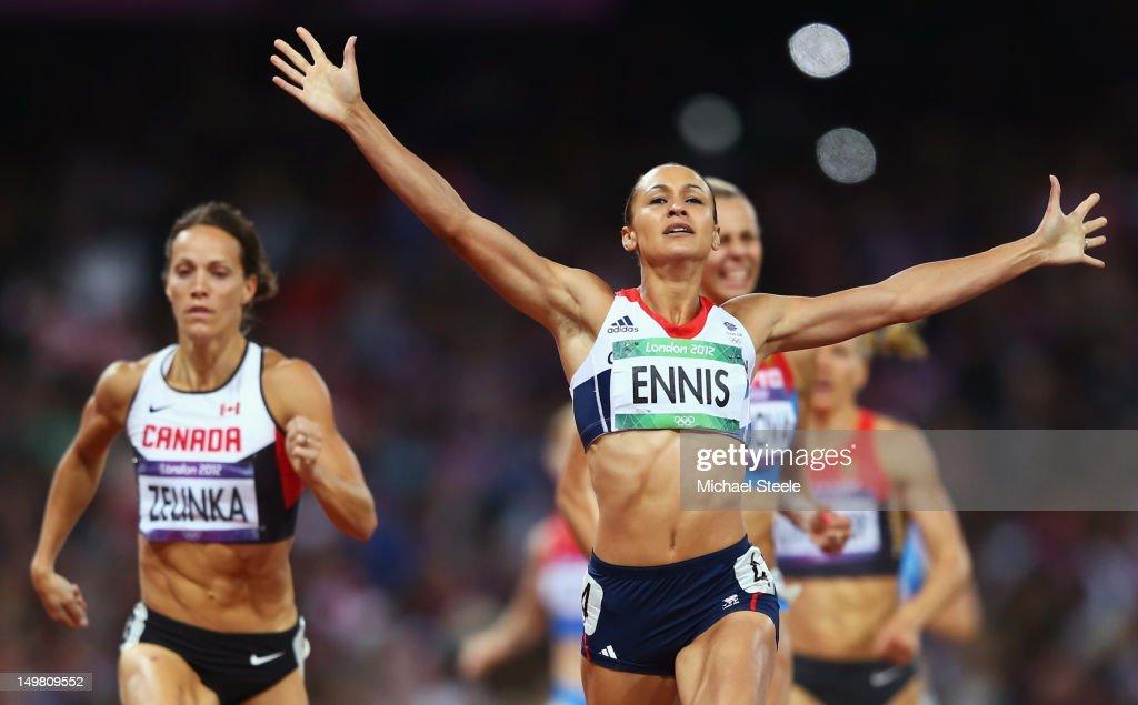 Olympics Day 8 - Athletics : ニュース写真