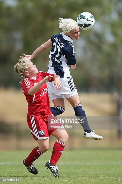 Jessica Fishlock of Melbourne heads the ball during the round seven WLeague match between Adelaide United and the Melbourne Victory at Burton Park on...