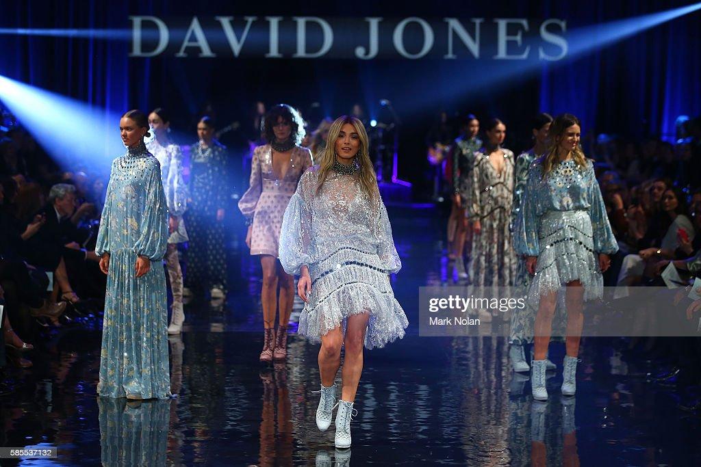 David Jones Spring/Summer 2016 Fashion Launch - Runway : News Photo