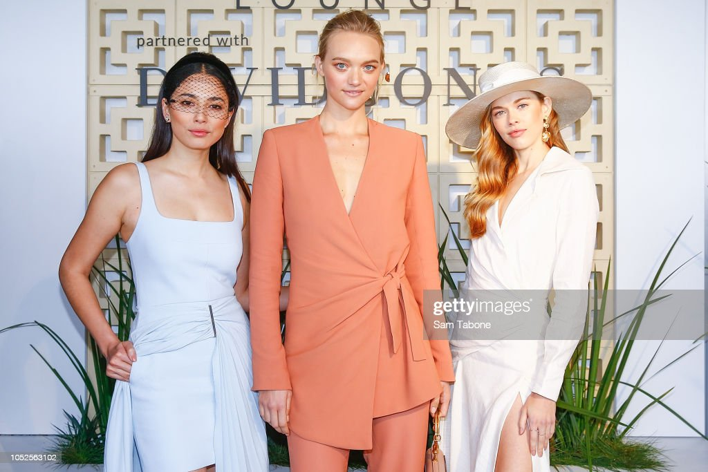 Celebrities Attend 2018 Caulfield Cup Day : News Photo