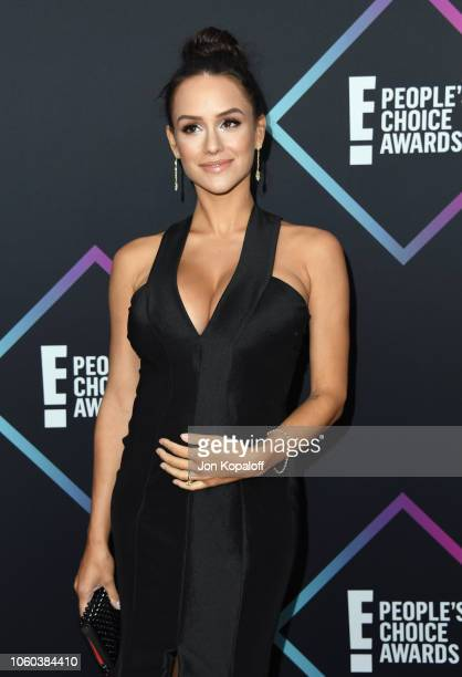 Jessica Graf attends the People's Choice Awards 2018 at Barker Hangar on November 11 2018 in Santa Monica California