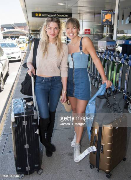 Jessica Hart and Ashley Hart pose at Melbourne International Airport on December 15 2017 in Melbourne Australia The new Boeing 787 Dreamliner will...