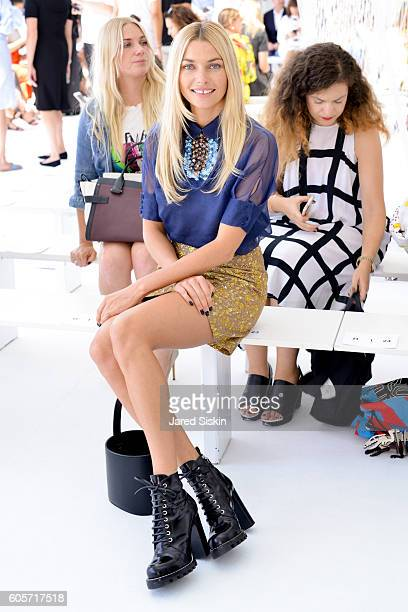 Jessica Hart attends the Delpozo show during September 2016 - New York Fashion Weekat Pier 59 on September 14, 2016 in New York City.
