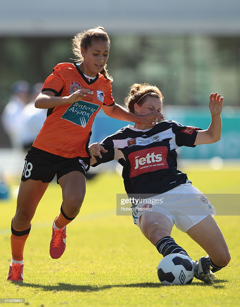 Jessica Humble of Victory and Sunny Franco of Roar contest the ball during the W-League Grand Final match between the Melbourne Victory and the Brisbane Roar at Lakeside Stadium on February 23, 2014 in Melbourne, Australia.