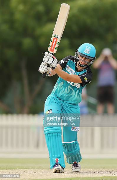 Jessica Jonassen of the Heat bats during the Women's Big Bash League match between the Melbourne Stars and the Brisbane Heat at Junction Oval on...