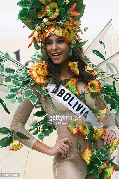 Jessica Jordan Burton Miss Universe Bolivia 2007 wearing national costume