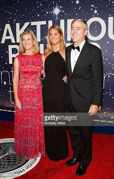Jessica Lifton Deborah Lifton and Richard Lifton attend the Breakthrough Prize Awards Ceremony Hosted By Seth MacFarlane at NASA Ames Research Center...