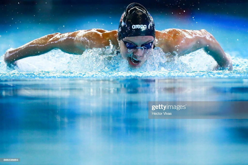 Jessica Long of United States competes in Women's 100 m Butterfly S8-10 during day 5 of the Para Swimming World Championship Mexico City 2017 at Francisco Marquez Olympic Swimming Pool. on November 6, 2017 in Mexico City, Mexico.