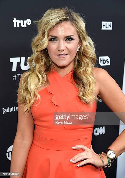Jessica Lowe attends Turner Upfront 2016 arrivals at The Theater at Madison Square Garden on May 18 2016 in New York City
