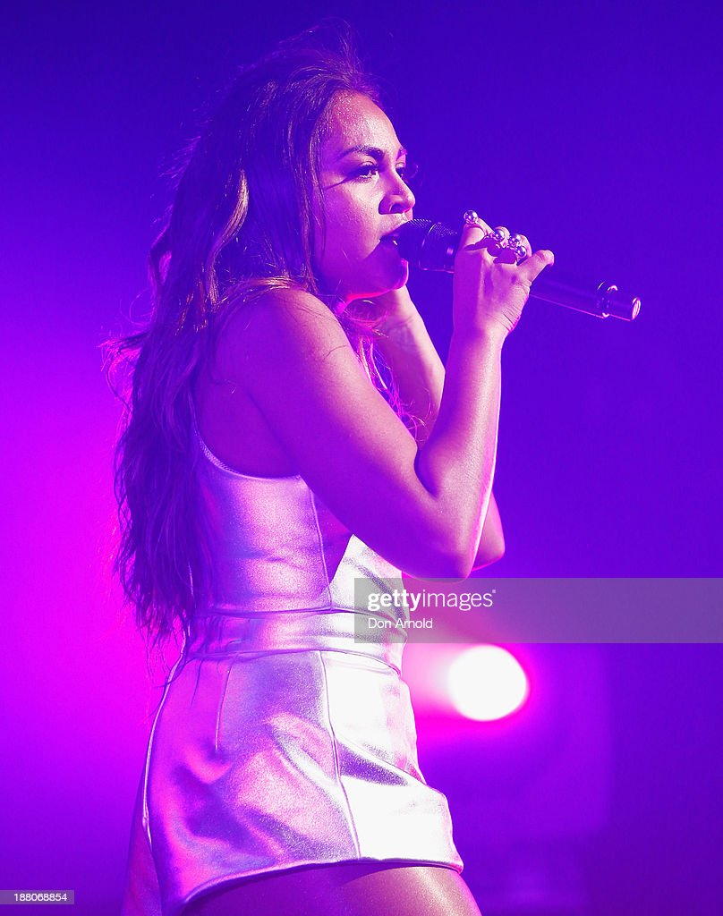 Jessica Mauboy performs live for fans ...