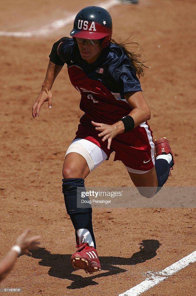 Women's Prelims - GRE v USA : News Photo