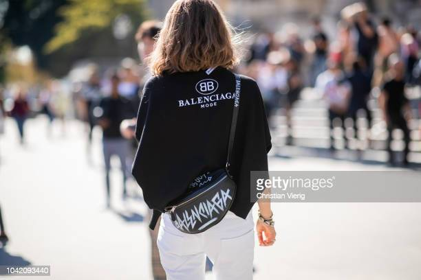 Jessica Minkoff wearing Balenciaga fanny bag and knit and 3 tone denim jeans is seen outside Paco Rabanne during Paris Fashion Week Womenswear...