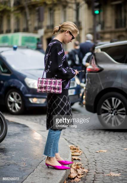 Jessica Minkoff wearing black Balenciaga sweater Chanel bag is seen outside Chloe during Paris Fashion Week Spring/Summer 2018 on September 28 2017...