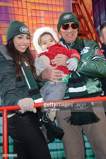 Jessica Namath Jemma Namath and former professional football player Joe Namath attends the 87th Annual Macy's Thanksgiving Day Parade on November 28...