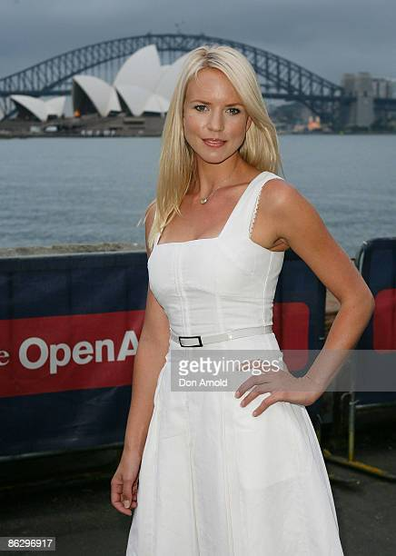 Jessica Napier arrives for the opening night of the St George OpenAir Cinema at Mrs Macquarie's Point on January 12 2009 in Sydney Australia