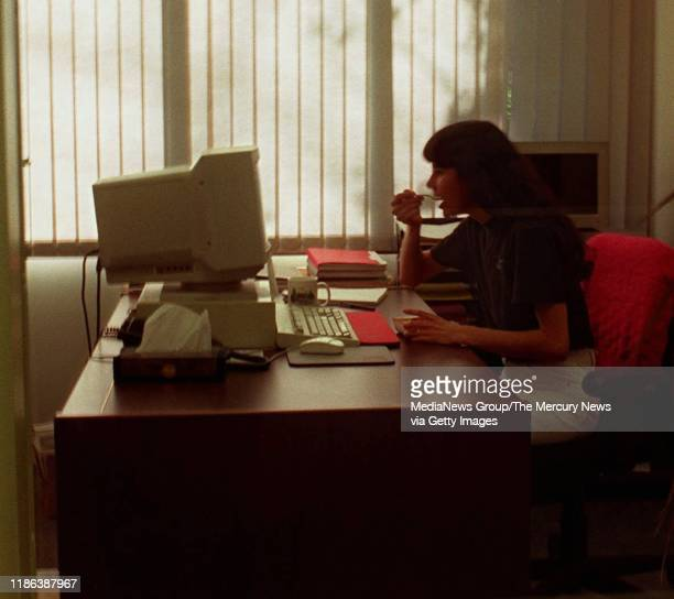 Jessica Rothberg usually eats lunch at her desk at Applied Decision Analysis Inc Here she eats a microwaved meal at her desk December 16 1995 while...