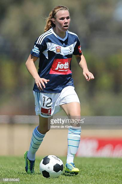 Jessica Samuelsson of Melbourne runs with the ball during the round two WLeague match between Adelaide and Melbourne at Burton Park on November 16...