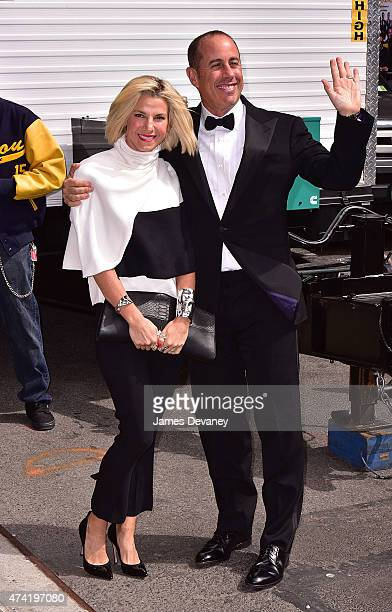 Jessica Seinfeld and Jerry Seinfeld arrive to the 'Late Show With David Letterman' at Ed Sullivan Theater on May 20 2015 in New York City