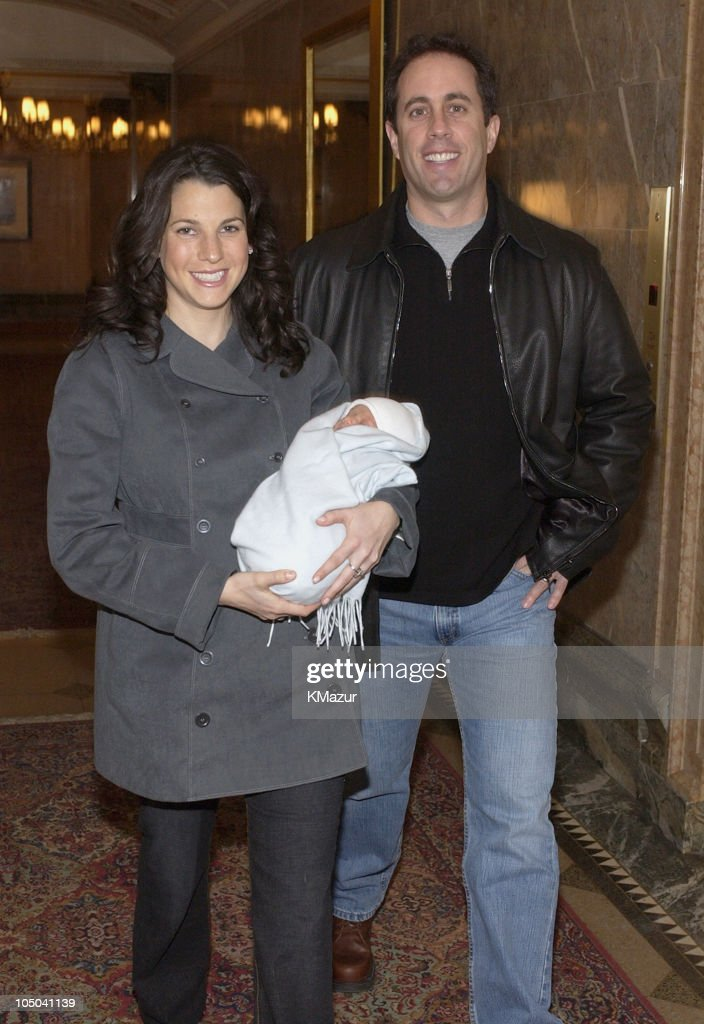 Jerry and Jessica Seinfeld with Their New Baby Boy, Julian Kal : ニュース写真
