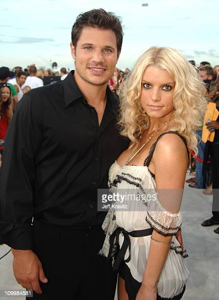 Jessica Simpson and Nick Lachey during 2005 MTV Video Music Awards - White Carpet at American Airlines Arena in Miami, Florida, United States.
