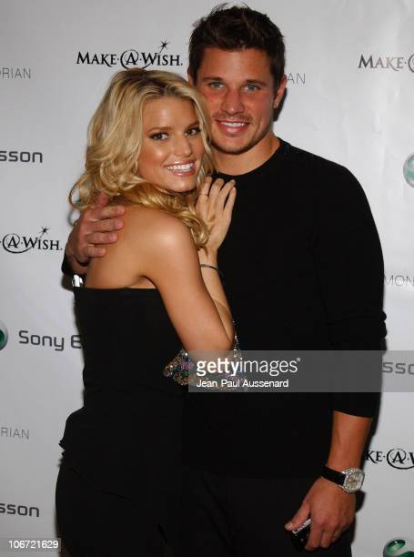 Jessica Simpson and Nick Lachey during Jessica Simpson and Nick Lachey Host Sony Ericsson T610/T616 Shoot for the Stars Charity Auction to Benefit...