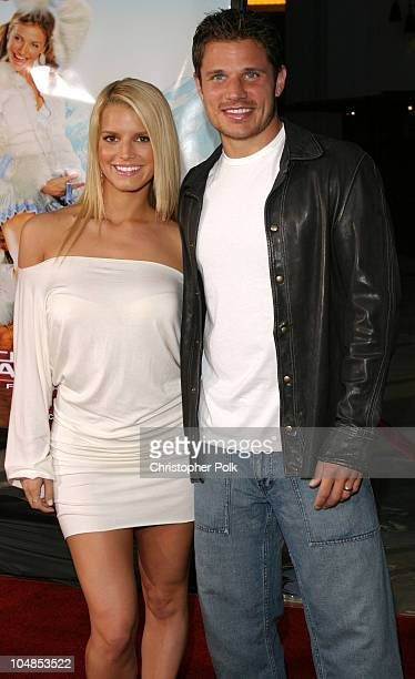 Jessica Simpson and Nick Lachey during Premiere of 'Charlie's Angels Full Throttle' at Grauman's Chinese Theatre in Hollywood California United States