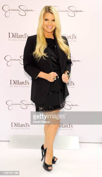 Jessica Simpson appears at Dillard's Lakeside Shopping Plaza on October 8, 2011 in New Orleans, Louisiana.