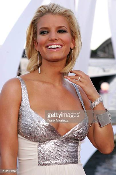 Jessica Simpson arrives at the 2004 MTV Video Music Awards at the American Airlines Arena August 29 2004 in Miami Florida