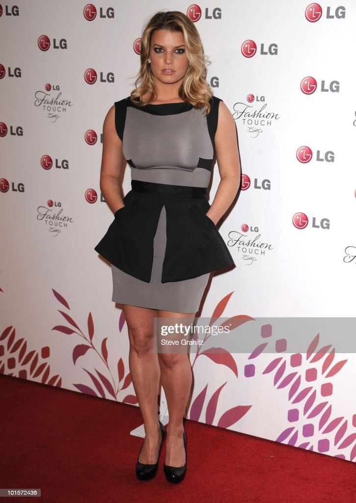 Jessica Simpson attends A Night Of Fashion & Technology With LG Mobile Phones Hosted By Victoria Beckham & Eva Longoria at Soho House on May 24, 2010 in West Hollywood, California.