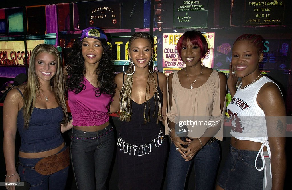 Jessica Simpson, Destiny's Child & Eve during MTV's 'TRL' Tour - July 12, 2001 at MTV Studios in New York City, New York, United States.
