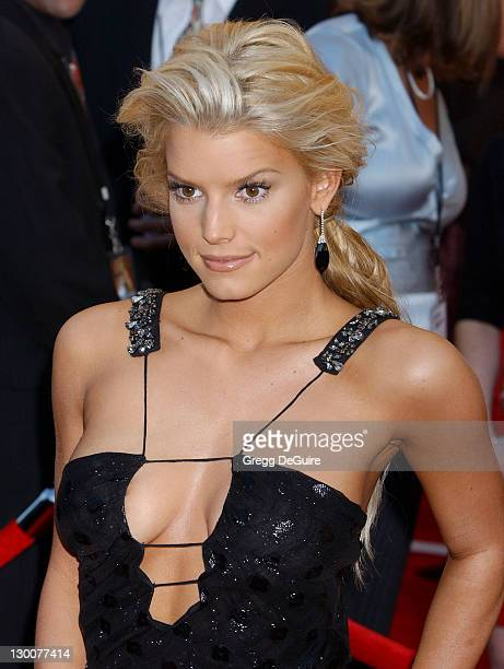 Jessica Simpson during 32nd Annual American Music Awards Arrivals at Shrine Auditorium in Los Angeles California United States