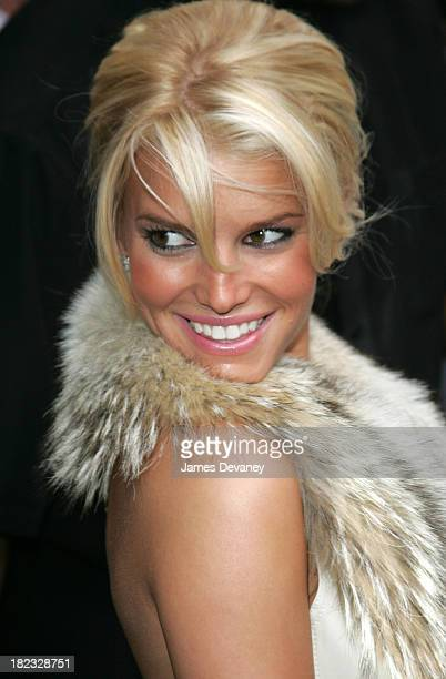 Jessica Simpson during Jada PinkettSmith and Jessica Simpson Visit the Late Show with David Letterman August 5 2004 at Ed Sullivan Theatre in New...