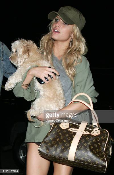 Jessica Simpson during Jessica Simpson Sighting In New York City June 30 2006 at Streets of Manhattan in New York City New York United States