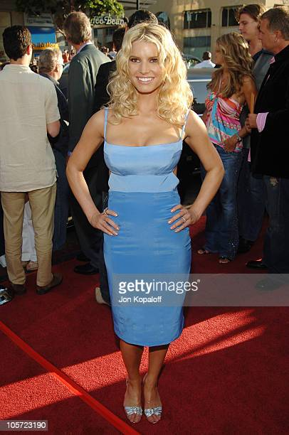 "Jessica Simpson during ""The Dukes Of Hazzard"" Los Angeles Premiere - Arrivals at Grauman's Chinese Theatre in Hollywood, California, United States."