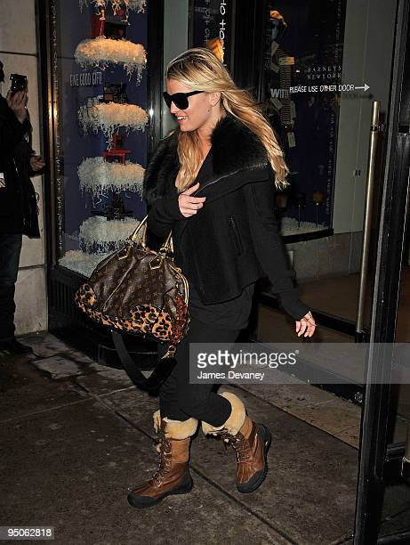 Jessica Simpson seen leaving Barneys on December 22 2009 in New York City