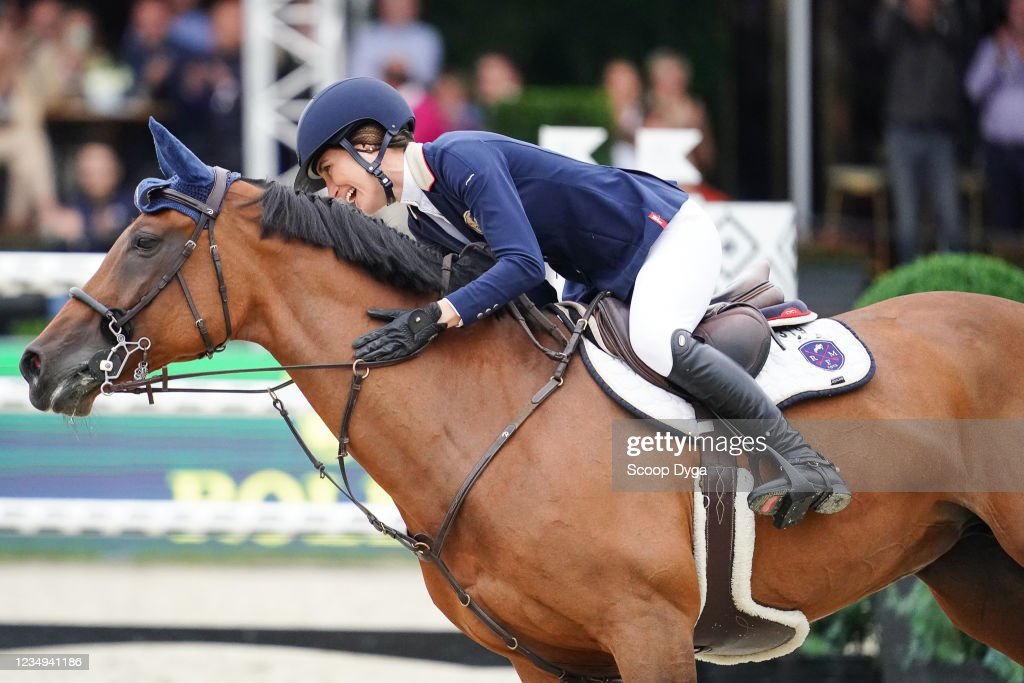 Jessica Springsteen of United States of America riding Rmf Zecilie... News  Photo - Getty Images