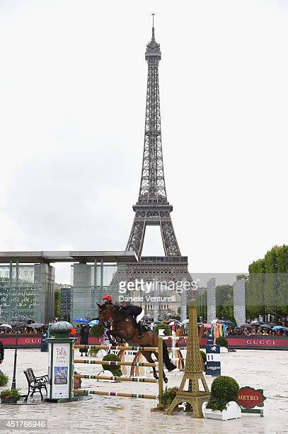 Jessica Springsteen rides Vindicat W during the 'Gucci Gold Cup Paris Eiffel Jumping Table A against the clock with jump-off' at the Paris Eiffel...