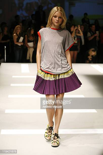 Jessica Stam wearing DKNY Spring 2007 during Olympus Fashion Week Spring 2007 DKNY Runway at 711 Greenwich Street in New York City New York United...