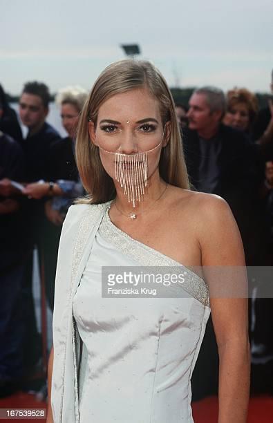 Jessica Stockmann Bei Der Verleihung Des Deutscher Fernsehpreis In Köln Am 061001