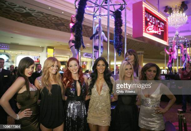 Jessica Stutta Ashley Roberts Carmit Bachar Nicole Scherzinger Melody Thornton and Kimberly Wyatt of The Pussycat Dolls