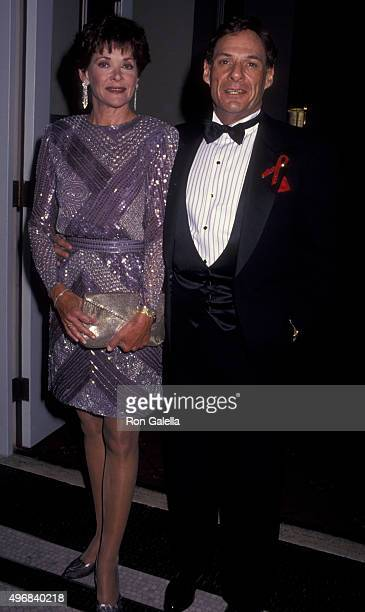 Jessica Walter and Ron Leibman attend New York Friars Club Man of the Year Awards Honoring Neil Simon on April 25 1993 at the Waldorf Astoria Hotel...
