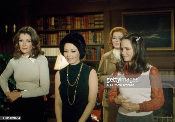 Jessica Walter Jill Haworth Eleanor Parker Sally Field appearing in the Walt Disney Television via Getty Images tv movie 'Home for the Holidays'