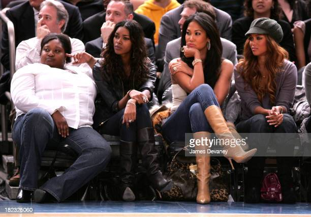 Jessica White with guest Kimora Lee Simmons and Tyra Banks