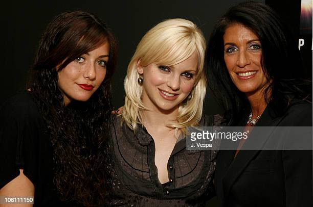 Jessica Winterstern Anna Faris and Cathy Winterstern
