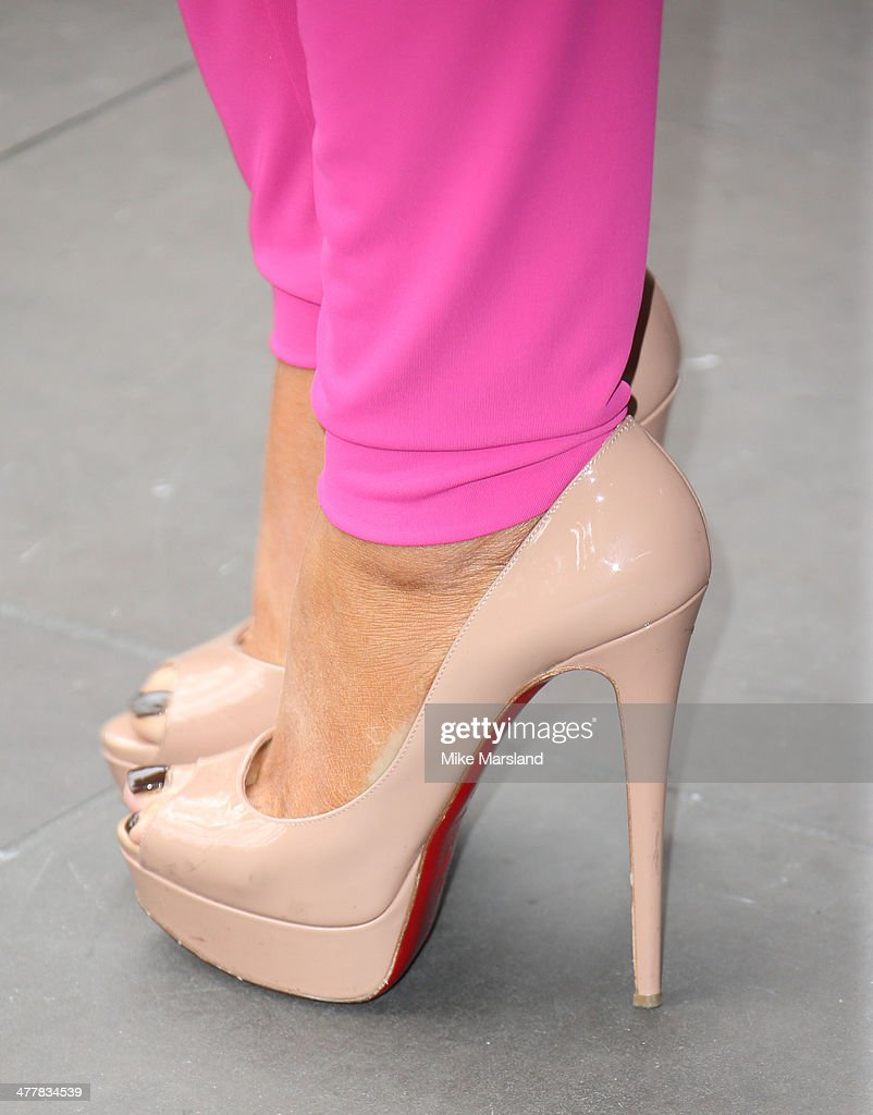 The TRIC Awards 2014 - Arrivals : News Photo