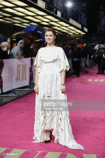 """Jessie Buckley attends the """"Judy"""" European Premiere at The Curzon Mayfair on September 30, 2019 in London, England."""
