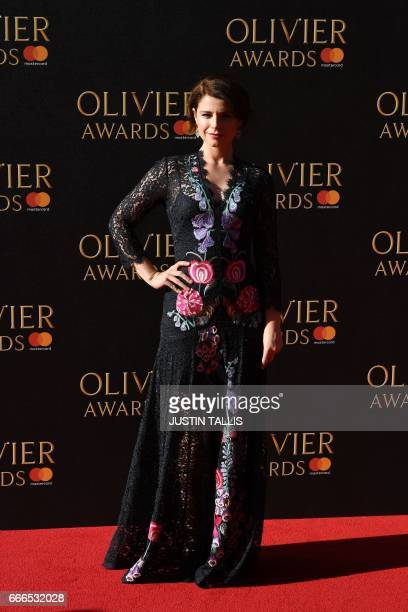 Jessie Buckley poses on the red carpet upon arrival to attend the 2017 Laurence Olivier Awards in London on April 9 2017 / AFP PHOTO / JUSTIN TALLIS