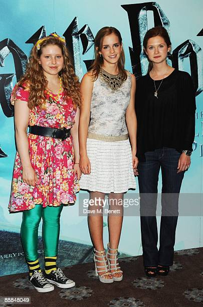 Jessie Cave Emma Watson and Bonnie Wright pose during the photocall of ''Harry Potter and the HalfBlood Prince'' at Claridge's Hotel on July 6 2009...
