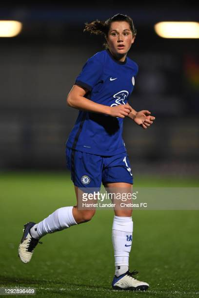 Jessie Fleming of Chelsea runs on during the UEFA Women's Champions League round of 32 second leg match between FC Chelsea Women and SL Benfica Women...